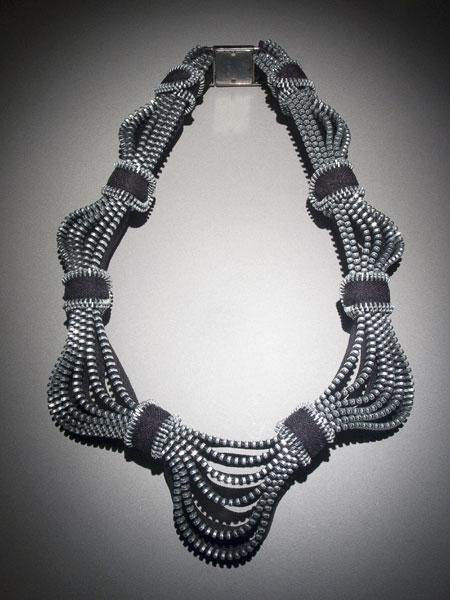 zip necklace03