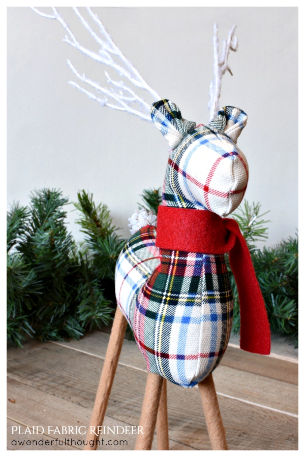 DIY Plaid Fabric Reindeer Free Sewing Patterns & Tutorials