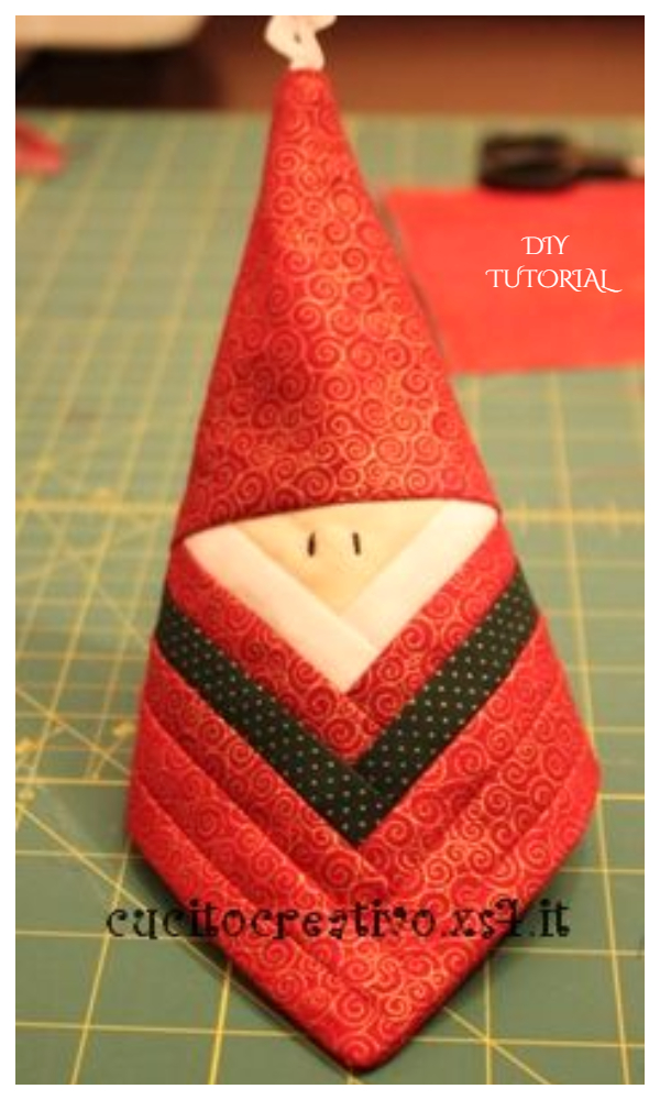 DIY Quilt Log Cabin Santa Free Sewing Pattern + Video