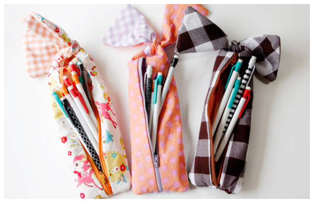 DIY Fabric Bow Zipper Pencil Pouch Free Sewing Pattern